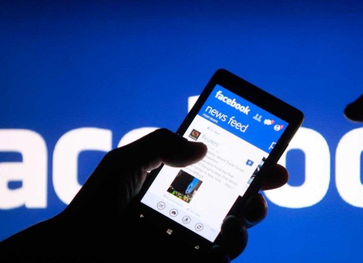 Potret Pengguna Facebook
