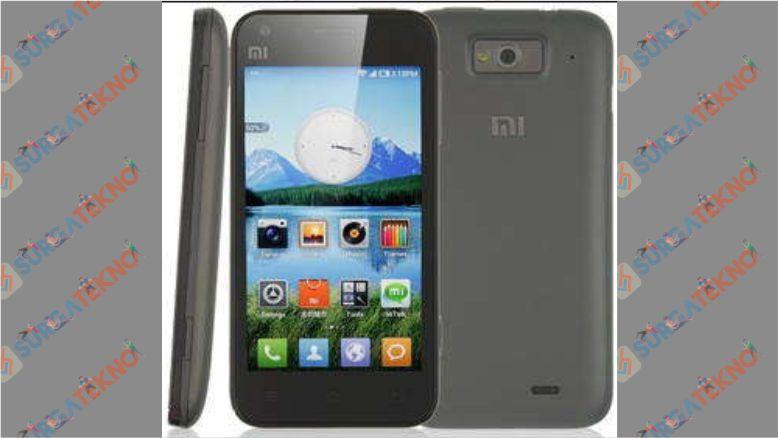 Xiaomi Mi 1S memiliki ukuran layar 4 inchi