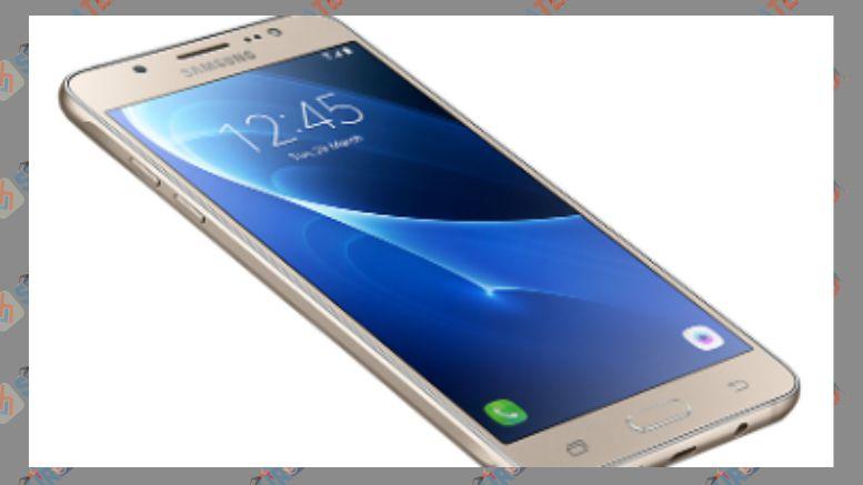 Layar Samsung Galaxy J5 2016