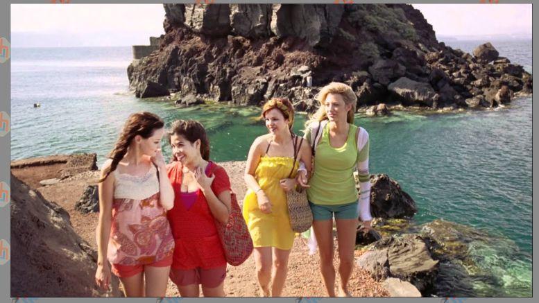 Sisterhood of the Traveling Pants (2005)