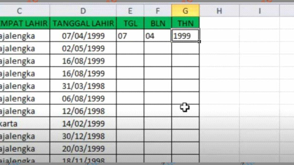 Memisahkan Tahun di Excel
