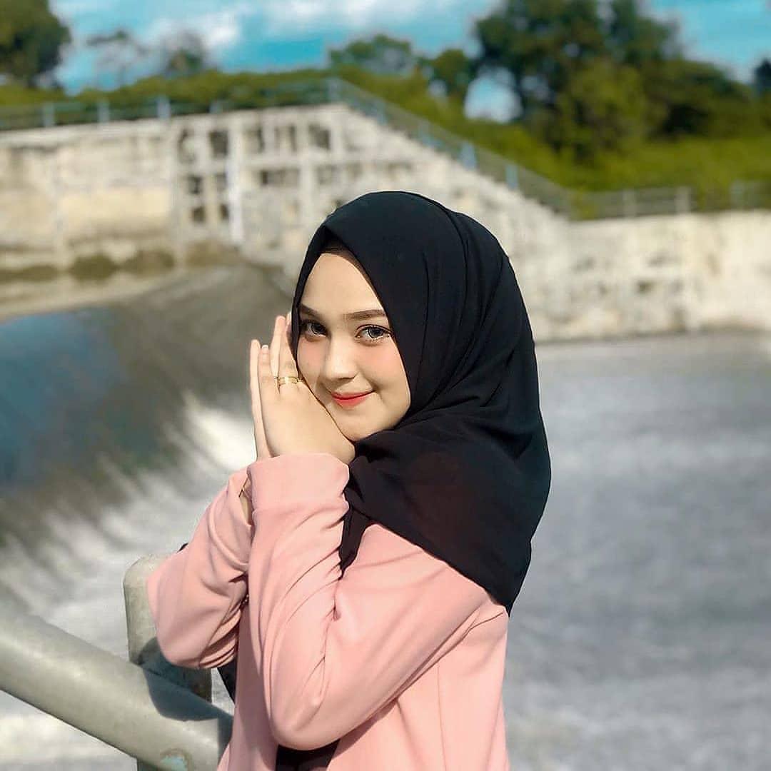 Neng Fira - @safiraa354