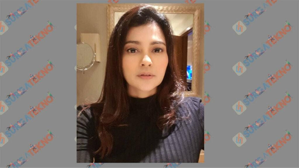 Ratu Dewi Imasy Berperan sebagai Linda - Daftar Pemain Sinetron Dari Jendela SMP 2020