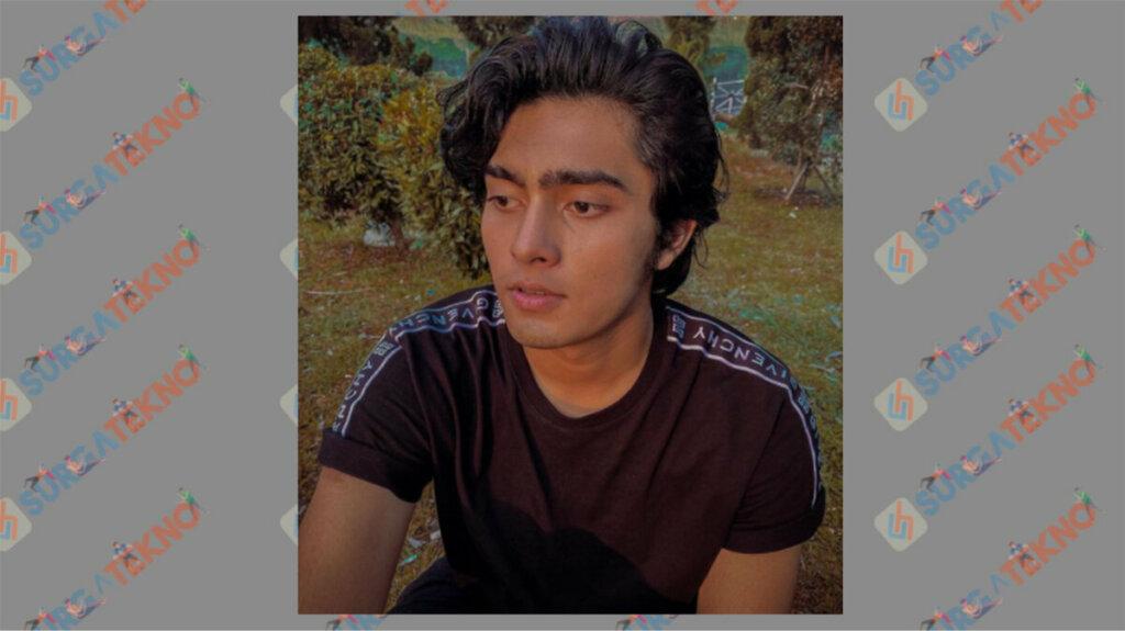 Renald Ramadhan Berperan sebagai Satria - Daftar Pemain Dari Jendela SMP 2020