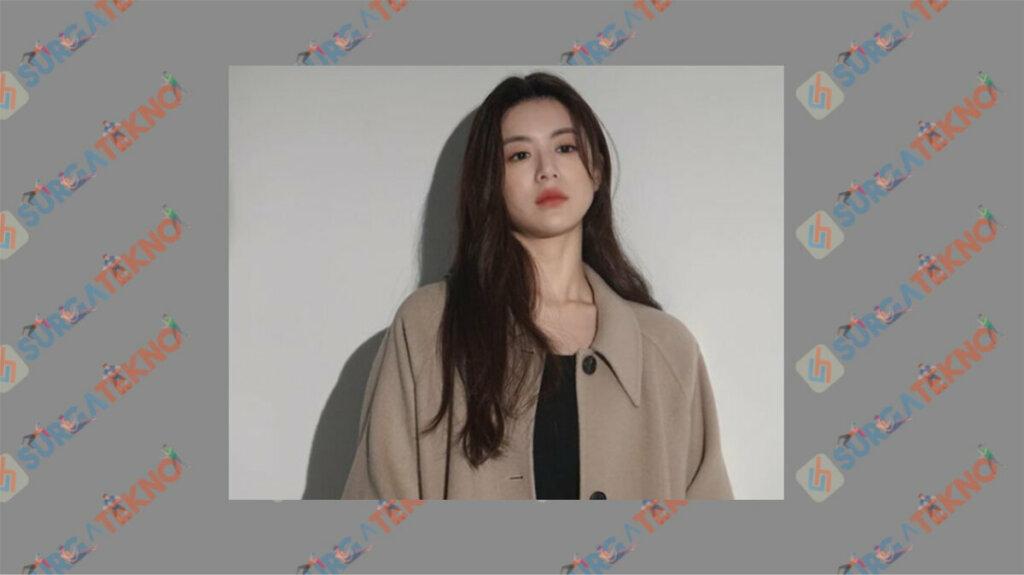 Go Yoon Jung sebagai Jeon Ye Seul - Daftar Pemain Drama Law School