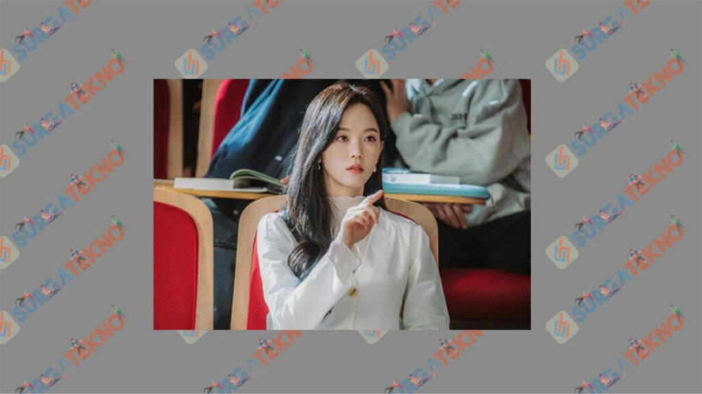 Kang Han Na sebagai Yang Hye Sun - Daftar Pemain My Roommate is A Gumiho
