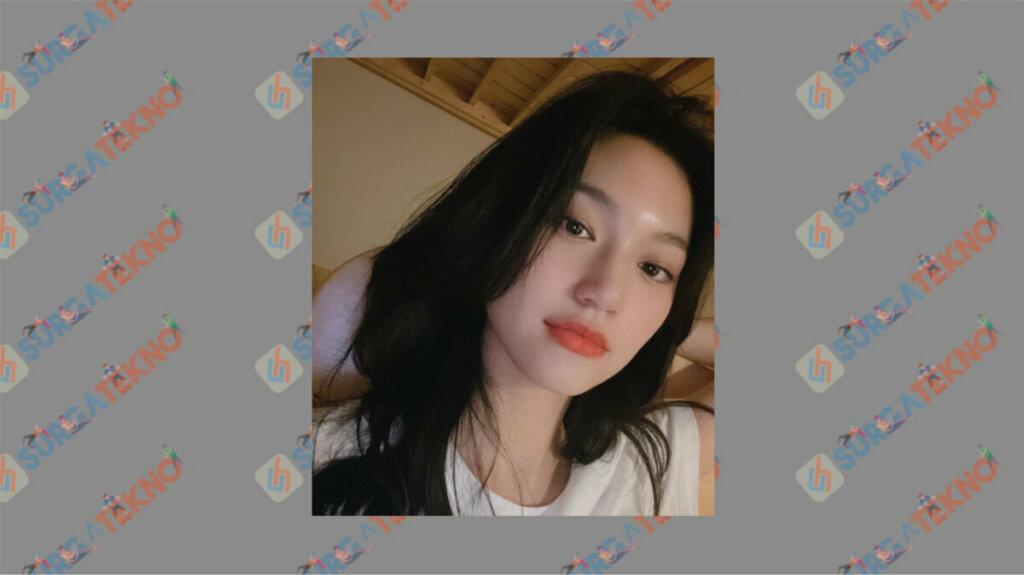 Kim Do Yeon sebagai Gye Seo Woo - Daftar Pemain My Roommate is A Gumiho