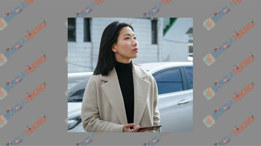 Kim Shin Rok sebagai Oh Ji Hwa - Daftar Pemain Beyond Evil