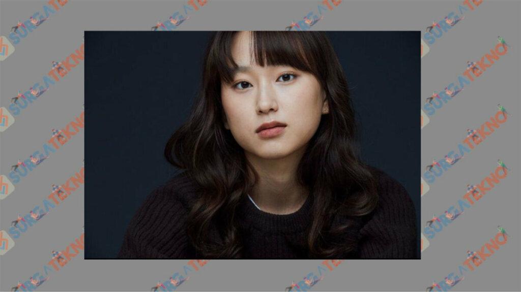 Ryu Hye Young sebagai Kang Sol A dan Kang Dan - Daftar Pemain Drama Law School