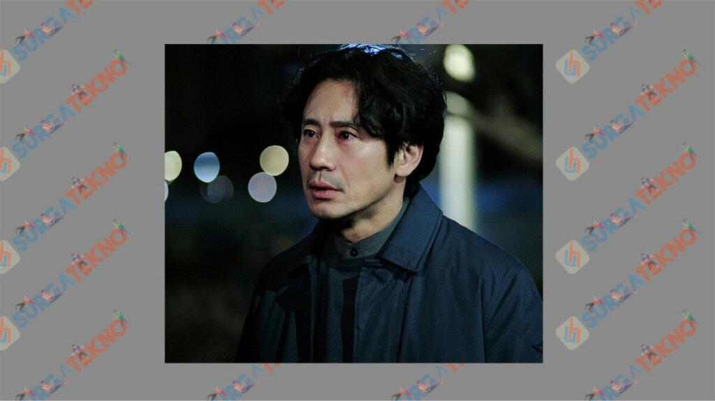 Shin Ha Kyun sebagai Lee Song Sik - Daftar Pemain Beyond Evil
